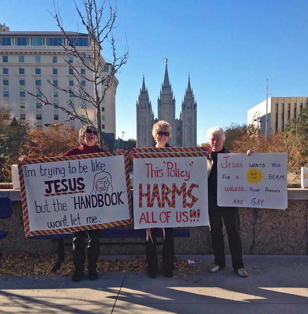 WHAT WOULD JESUS DO? ask protesters at Saturday's demonstration (Margan Pratt photo)